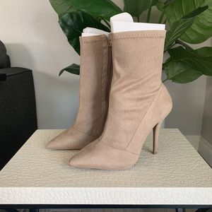 LULUS BEIGE BOOTIES SIZE 8 NEW IN THE BOX for Sale in Goodyear, AZ