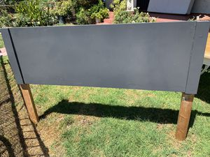 FREE head frame(Queen) for Sale in San Bernardino, CA