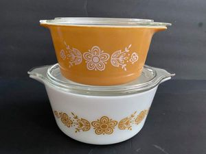 Pyrex Butterfly Gold Casseroles for Sale in Midland, MI