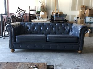 Tufted Deep Blue Couch for Sale in Delray Beach, FL