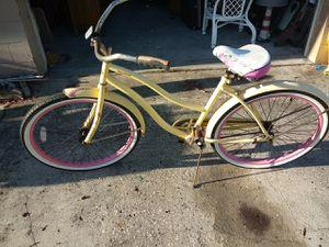 Ladies Huffy Bike for Sale in Avon Park, FL