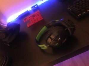 Green and black Turtle beach gaming headset, mic included for Sale in Plano, TX
