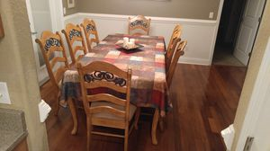 Dining table with 8 chairs. Has 18 inch removable leaf. Very beautiful! for Sale in Babson Park, FL