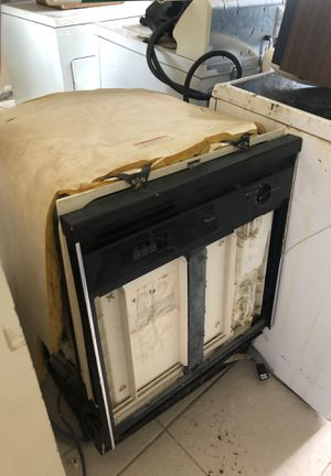 Feee Washer dryer fridge dishwasher microwave for Sale in Palm Springs, FL