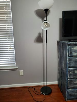 Floor Lamp for Sale in Monroe, NC
