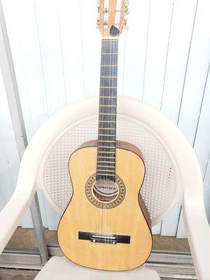 Guitarra para musica for Sale in Dallas, TX