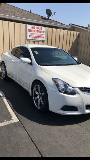 Nissan altima 2.5 s for Sale in Fremont, CA