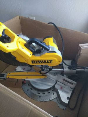 "Dewalt heavy duty 10"" (254mm) Double-bevel sliding compound miter saw for Sale in West Valley City, UT"