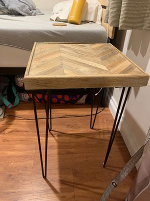 Home goods side table or night stand for Sale in San Diego, CA