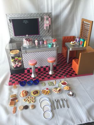 """Our Generation Bite to Eat Retro Diner for 18"""" Dolls for Sale in San Leandro, CA"""