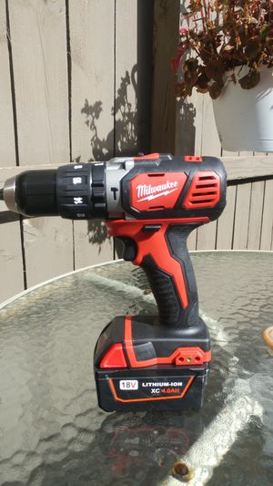 New Milwaukee hammer drill and 4 ah battery for Sale in Reynoldsburg, OH