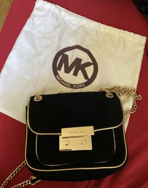 New!!! Authentic MK Black velvet satchel with gold trim and a gold chain strap. for Sale in Hillsborough, CA