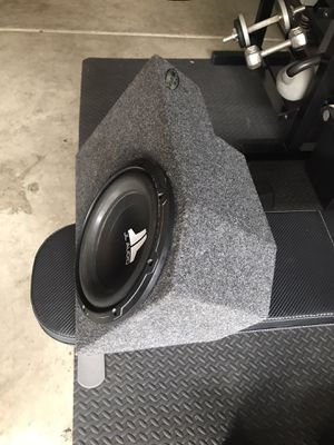 JL audio subwoofer with custom small box for Sale in Fullerton, CA