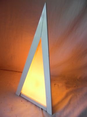 """Neat Pyramid Shaped Triangular Table Lamp Night Light Fixture Wood & Plastic 19"""" for Sale in Upper Darby, PA"""