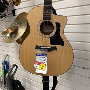 Taylor Guitar❕❕ for Sale in Houston, TX