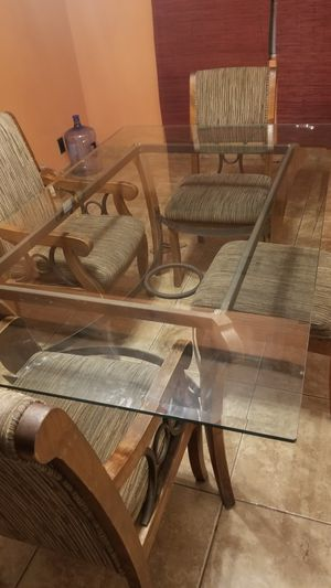 Glass dining table for Sale in San Marcos, CA