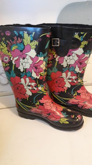 Botas de lluvia for Sale in Lynwood, CA