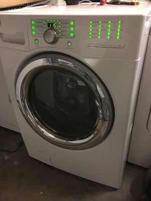 Washer Kenmore elite front load for Sale in Dallas, TX