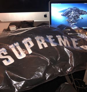 BLACK ICY ARC SUPREME HOODIE for Sale in Miami Beach, FL