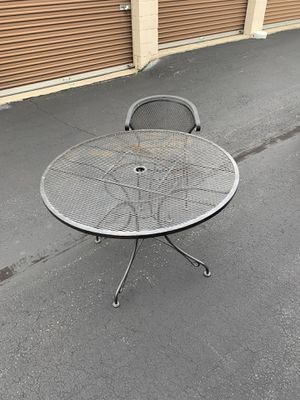 Patio table set for Sale in Willingboro, NJ