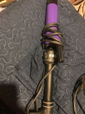 Curling iron hot tools for Sale in Phoenix, AZ