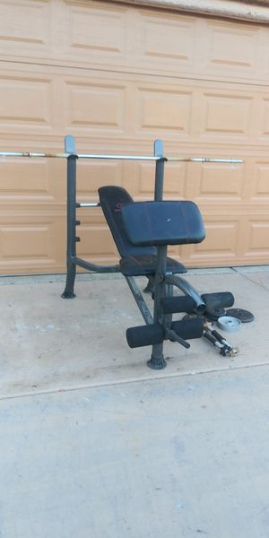 Weight set with 100lbs for Sale in Las Vegas, NV