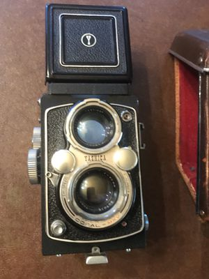 Vintage Yashica D twin lens reflex for Sale in Evergreen Park, IL