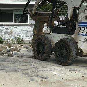 Bobcat / Excavator for Sale in Sylmar, CA