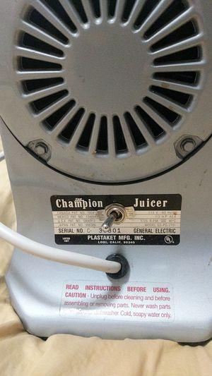 Champion juicer for Sale in Heber, AZ