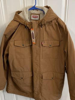 NWT Levis Men's Arctic Cloth Sherpa Lined Field Parka Jacket TAN/BROWN, XXL for Sale in Elgin,  IL