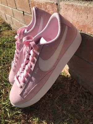 Women's Nike Blazer Low SD. Size 7.5 for Sale in Los Angeles, CA