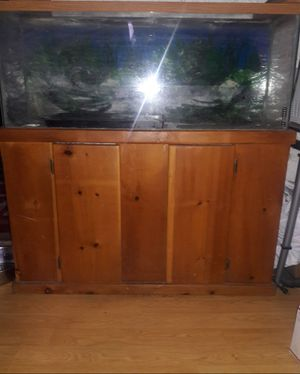 55 gallon fish tank and wood stand for Sale in Modesto, CA