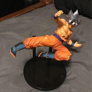 Dragon Ball Z Ultra Instinct Goku Figure for Sale in San Antonio, TX