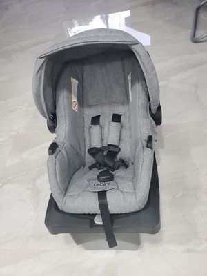 Car seat new with base for Sale in Tampa, FL