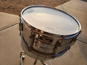 Pearl Export deep chrome snare drum for Sale in Phoenix, AZ