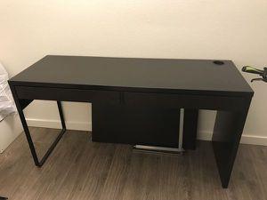 Ikea micke desk for Sale in Daly City, CA