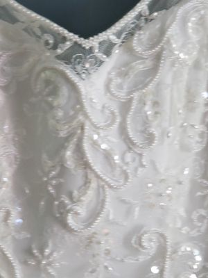 David's Bridal Oleg Cassini Wedding Dress for Sale in Anaheim, CA