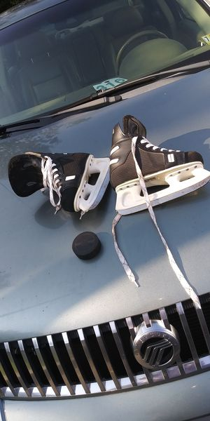 Used ice skates for Sale in Woodlawn, MD