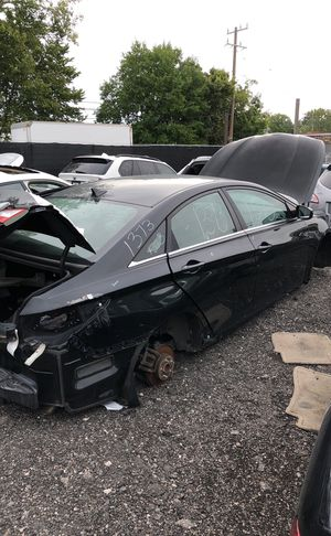 Selling parts for a black Hyundai Sonata for Sale in Detroit, MI