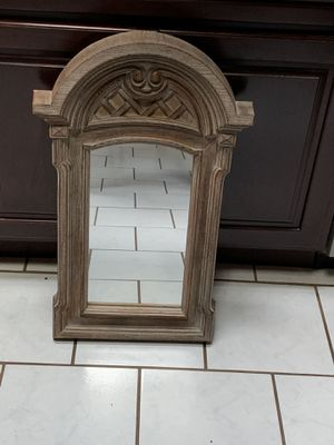 "DECORATION MIRROR ""LIKE NEW"" for Sale in Grayslake, IL"
