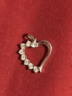 Kay Jewelers Heart pendent for Sale in Phoenix, AZ