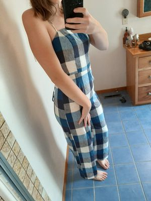 Strappy Back Picnic Jumpsuit (M) for Sale in Wenatchee, WA