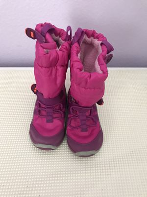 Girl 6 1/2 toddler all weather boots (Stride Rite) for Sale in City Ranch, CA
