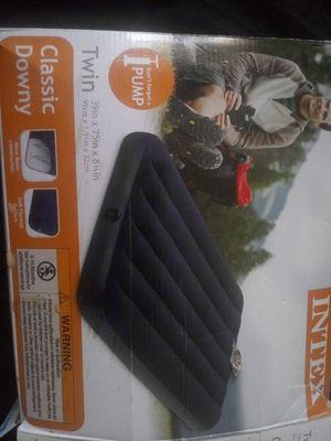 Intex twin air mattress for Sale in Murrieta, CA