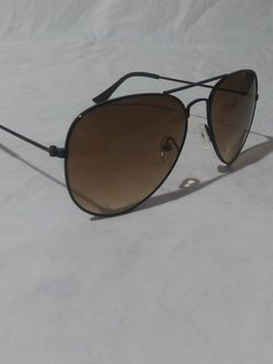 Golden Brown Aviator Sunglasses for Sale in Columbus,  OH