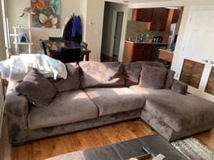 Sectional couch! for Sale in Chicago, IL