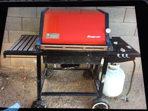 Snap-On Weber barbecue 34 years old and is still running/looking good! These cast aluminum relics don't rust and are easily refurbished or maintained for Sale in Portland, OR