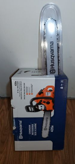 BRAND NEW, Husqvarna 435 16-in 40.9-cc 2-Cycle Gas Chainsaw , NUEVA for Sale in Henderson,  NV