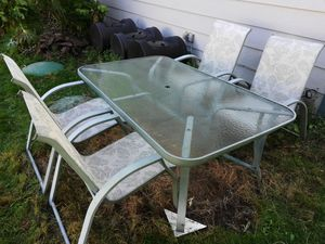 Patio table, Chairs & Umbrella for Sale in Clinton, WA