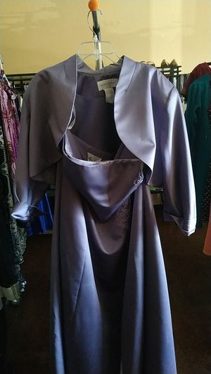 lavender evening gown with a shawl for Sale in Las Vegas, NV